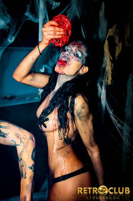 Concepts de soirées clubbing artites performeurs cirque france walking dead bain de sang