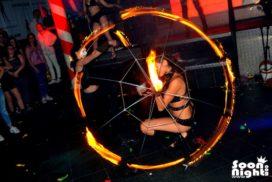 concepts soirées clubbing artistes performeurs feu