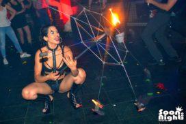concepts soirées clubbing artistes performeurs jongleurs équilibriste