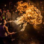 Concepts de soirées clubbing artites performeurs cirque france cracheurs de feu walking dead