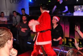concepts soirées clubbing artistes performeurs pere noel striptease
