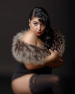 performeuse burlesque workshops france