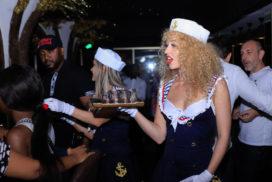 Concepts de soirées clubbing artites performeurs cirque france