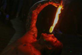 concepts soirées clubbing artistes performeurs cracheur de feu fire eating