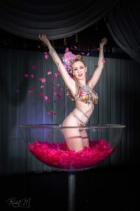 burlesque coupe show